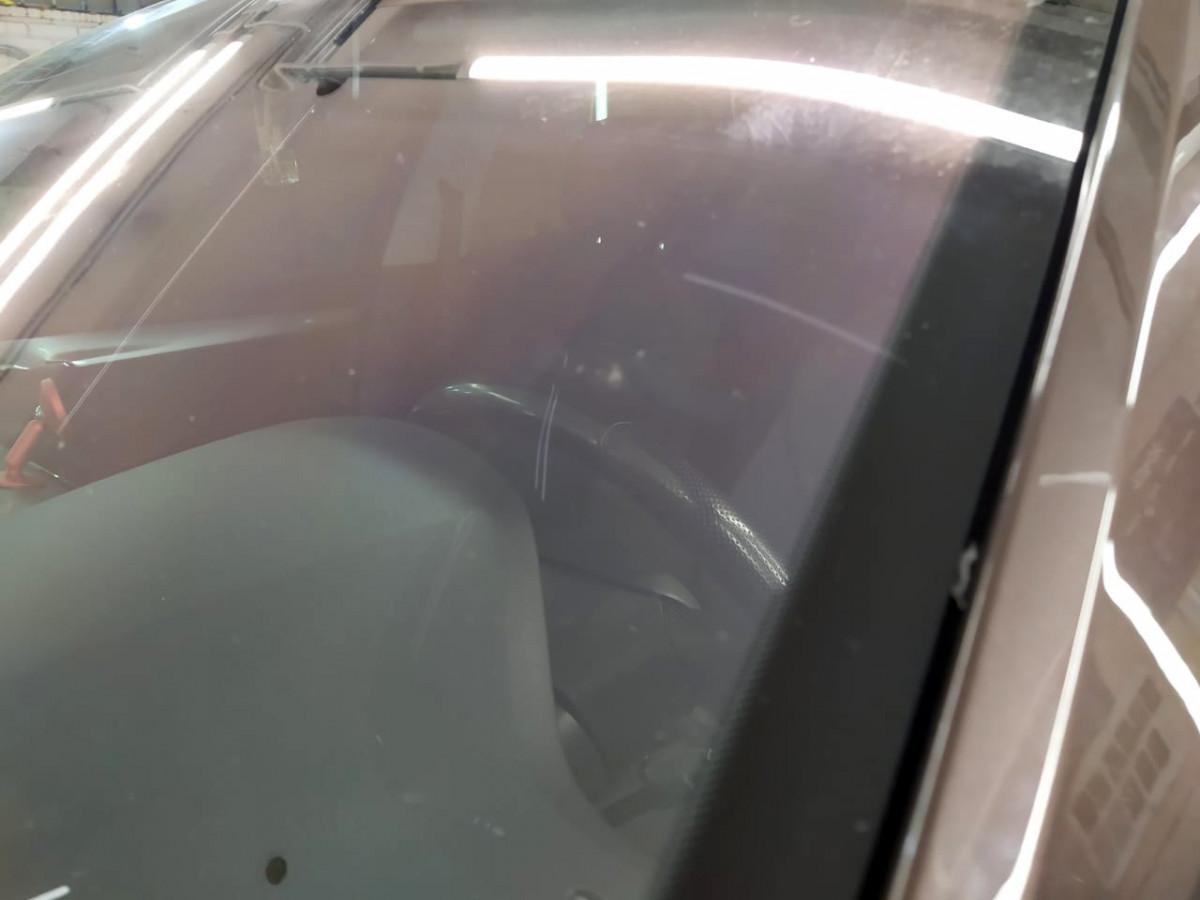 Ремонт скола лобового стекла